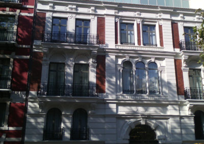 Restauración fachada hotel Palau de la Mar