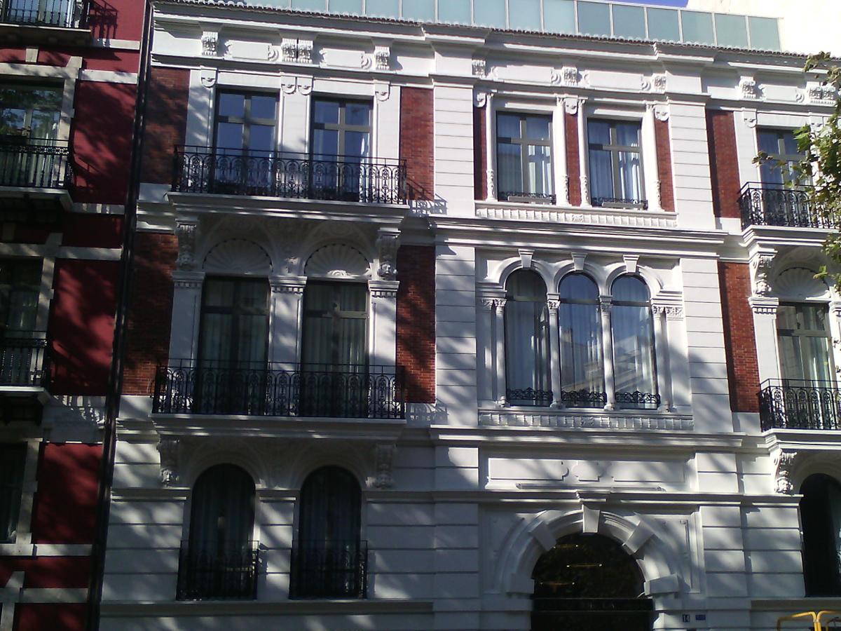 restauración fachada hotel